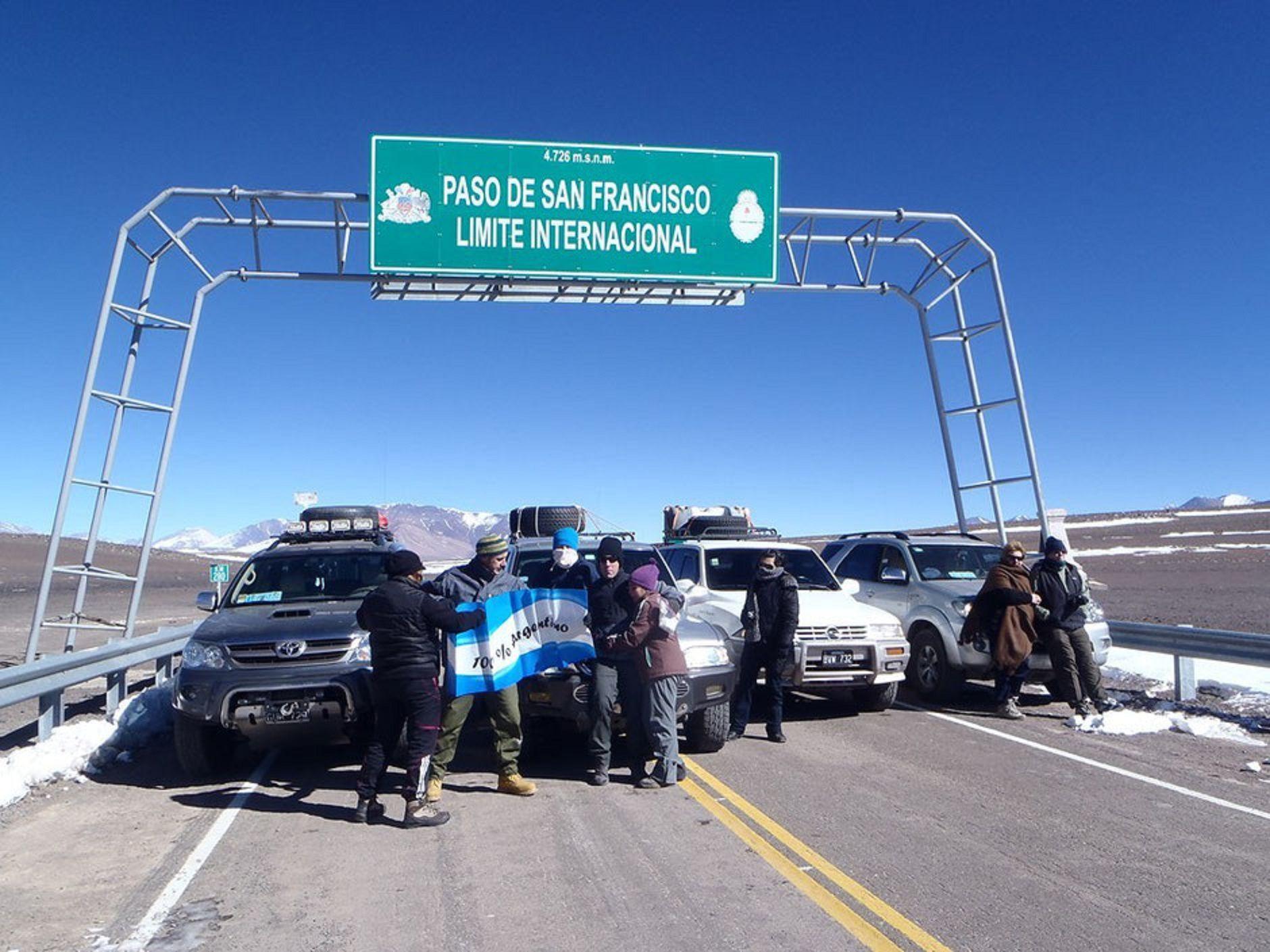 Más de 300 personas están varadas en la Cordillera
