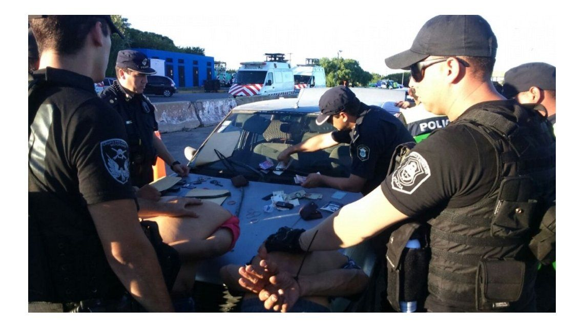 Detuvieron a tres hombres con tres kilos de cocaína - Crédito: Diario Hoy