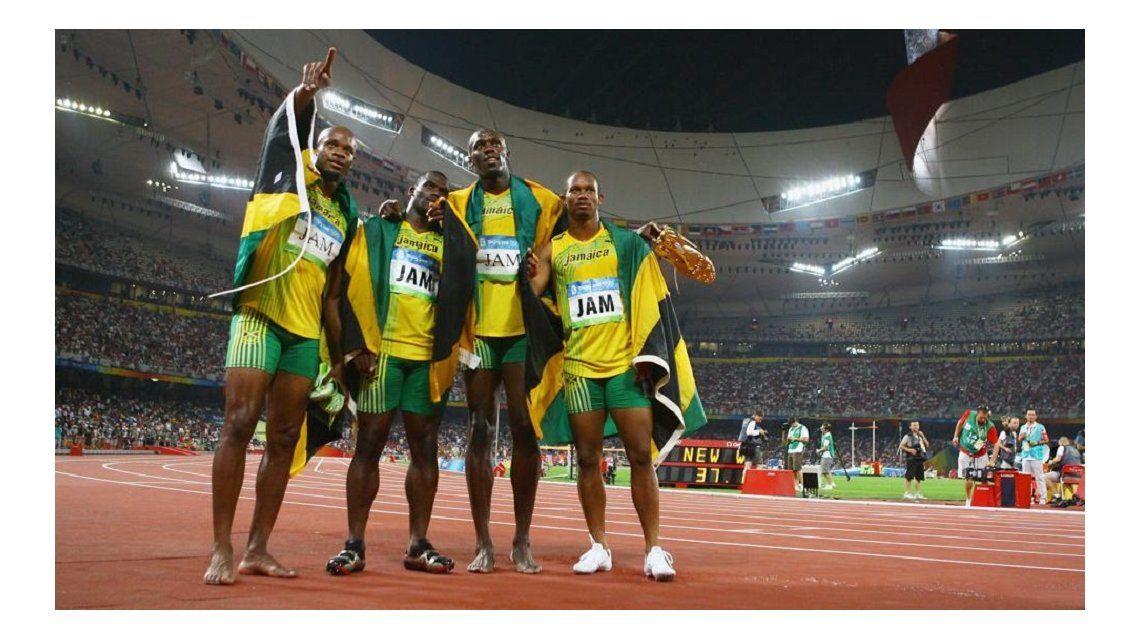 Por dóping a un compañero, Bolt pierde una medalla de oro de Beijing 2008