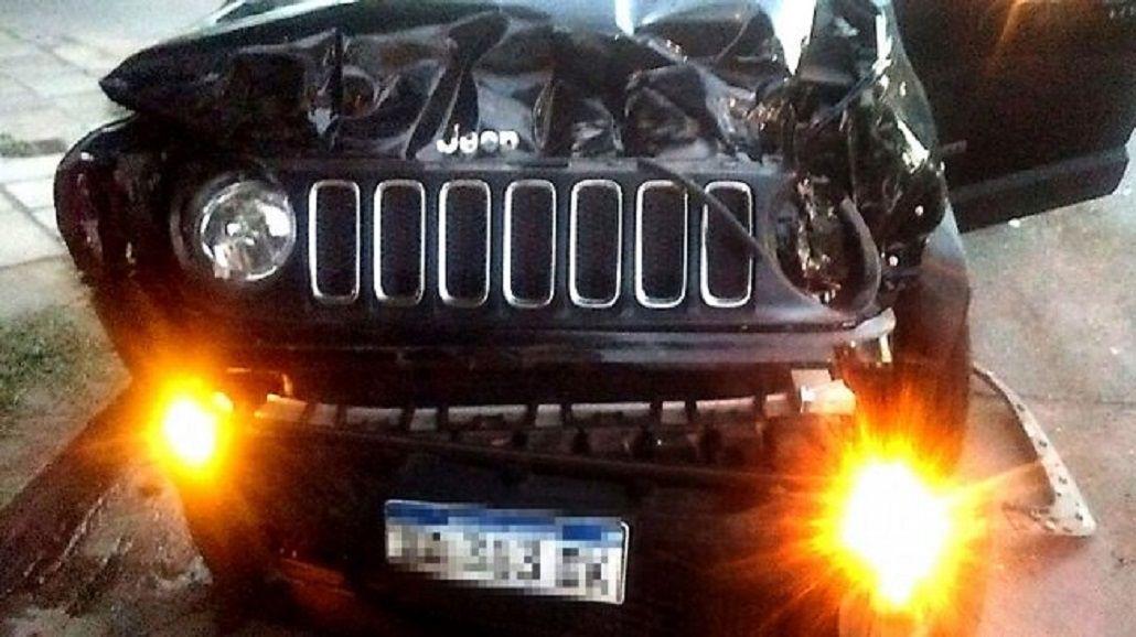 Así quedó la camioneta Jeep de Palacios