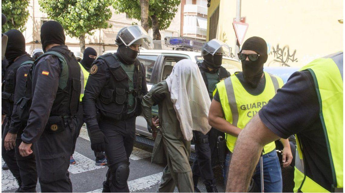 Los acusaron de terroristas y los detuvieron. Imagen de archivo
