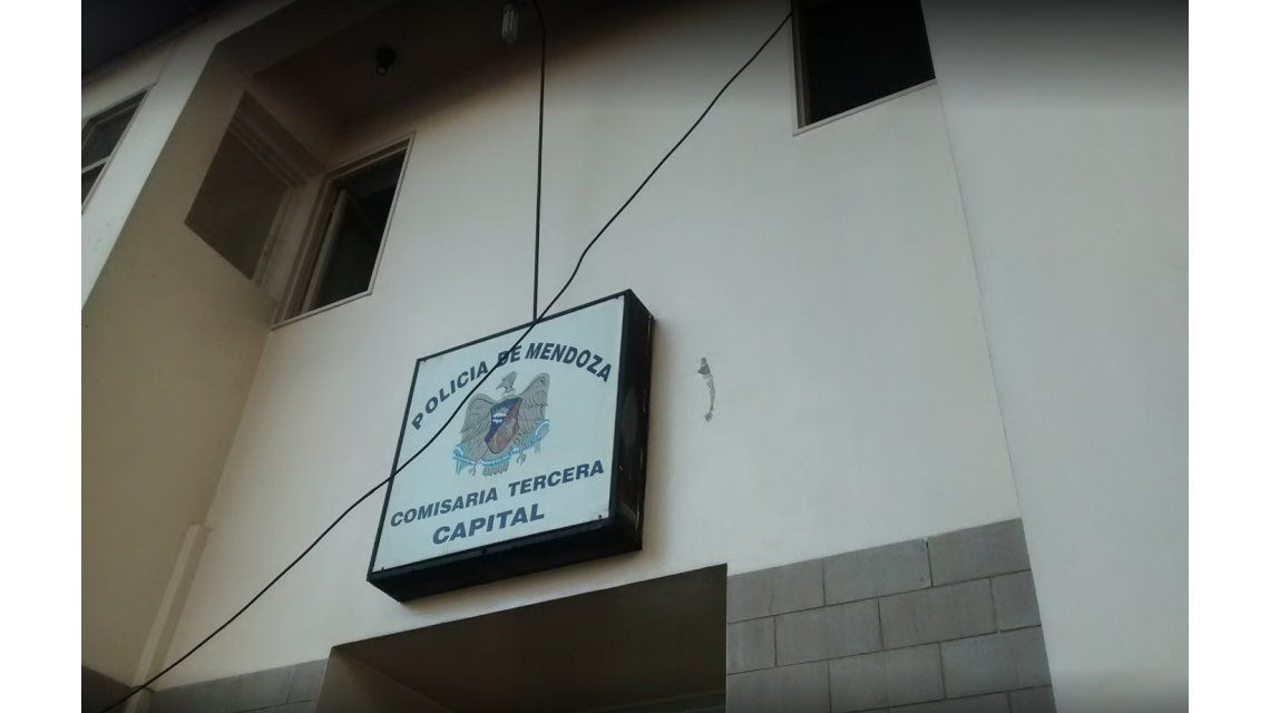 Un preso vio que la celda estaba abierta y se escapó