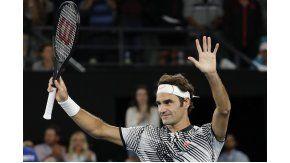 Federer avanza en el Abierto de Australia