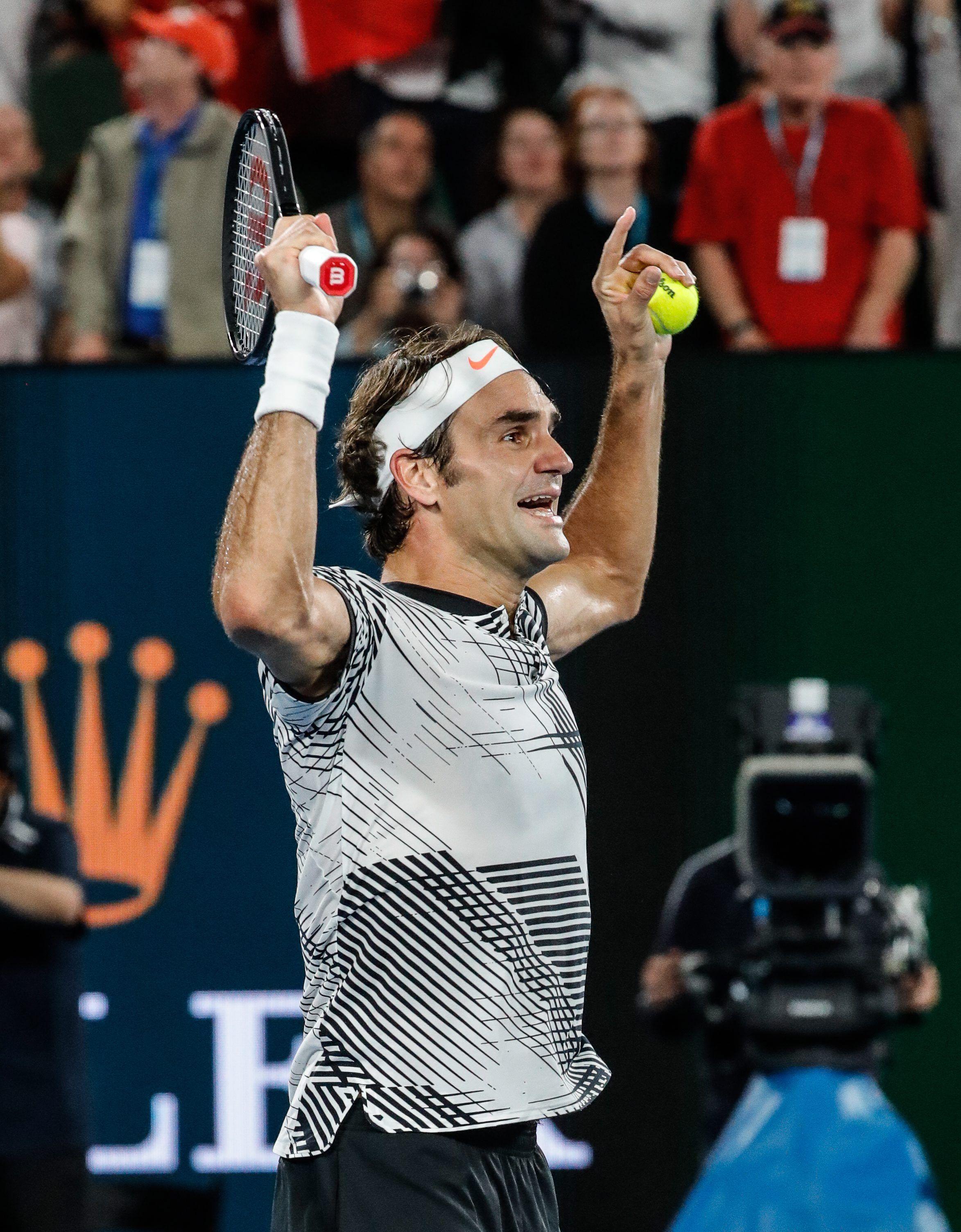 La emoción de Federer tras el último punto