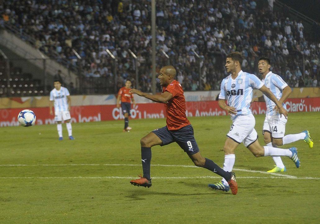 Independiente juega con Racing por la Copa Ciudad de Salta