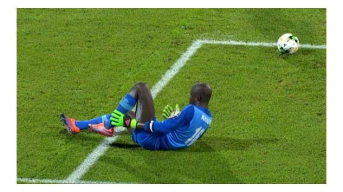 La insólita jugada se vivió en la Copa África