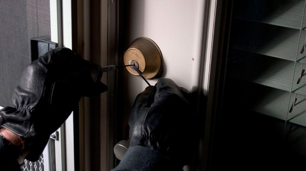Los ladrones eligen las casas que están vacías