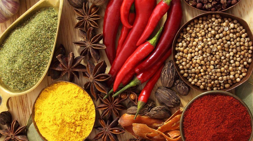 ¿Cómo condimentar la comida sin usar sal?