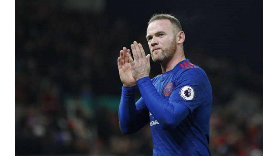 Rooney alcanzó los 250 goles con el Manchester United