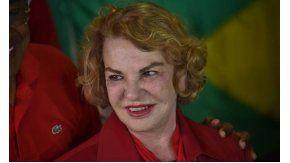 Esposa de Lula permanece en coma inducido