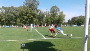 El Pincha disputó un partido preparativo ante Sport Boys