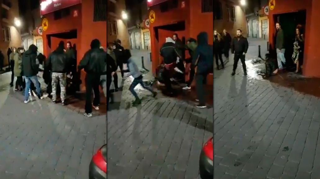 Golpean de manera brutal a una chica por una pulsera