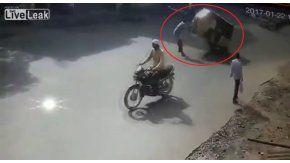 Un hombre muere después de sufrir un extraño accidente en India