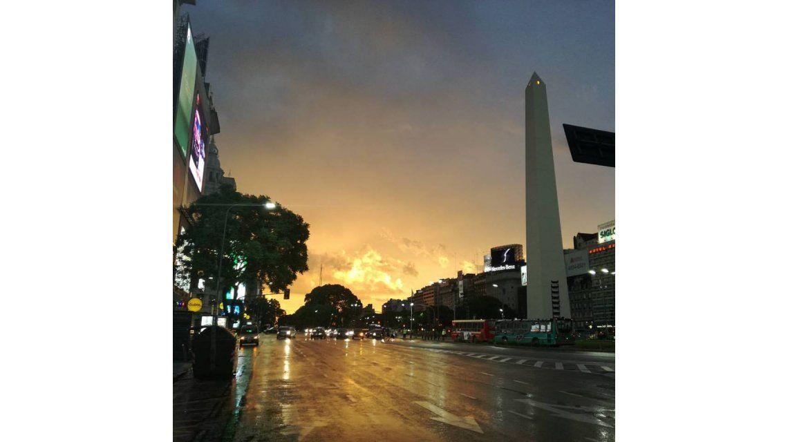 Llegaron las lluvias a Capital y la Provincia y la temperatura bajó 10°