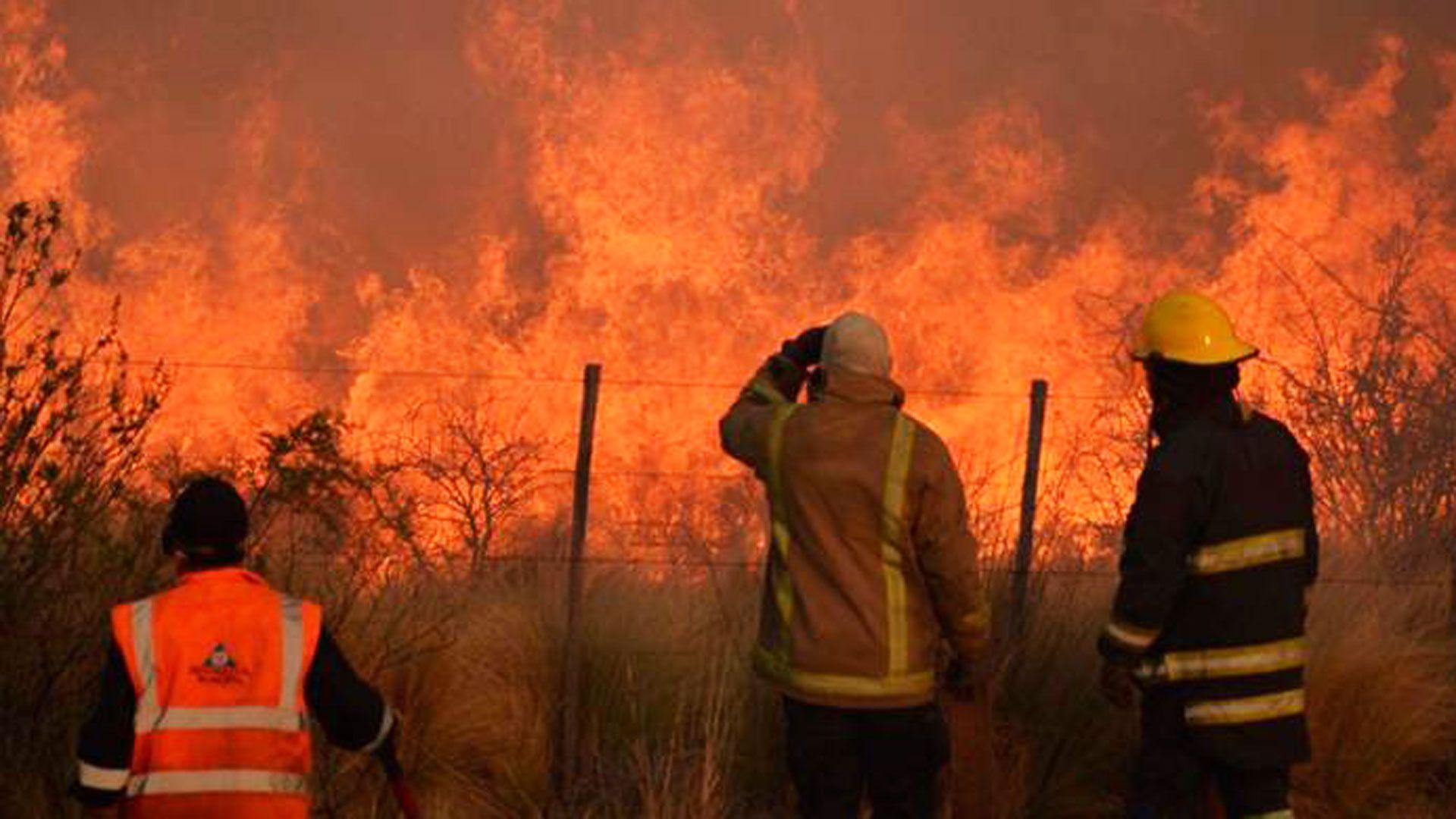 Uno de los focos de incendio en La Pampa