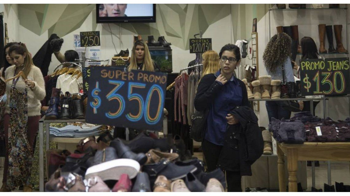 Asociaciones de consumidores advierten que precios no bajarán