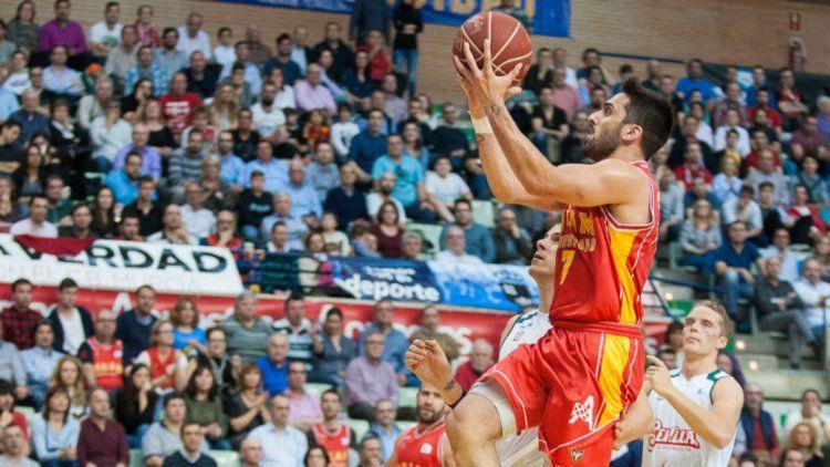 Campazzo brilla en el básquet español