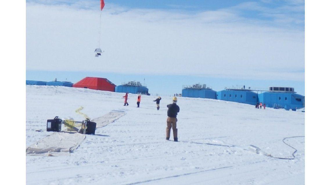 Grieta en la base antártica Halley VI - Crédito:http://ecolounge.hu/