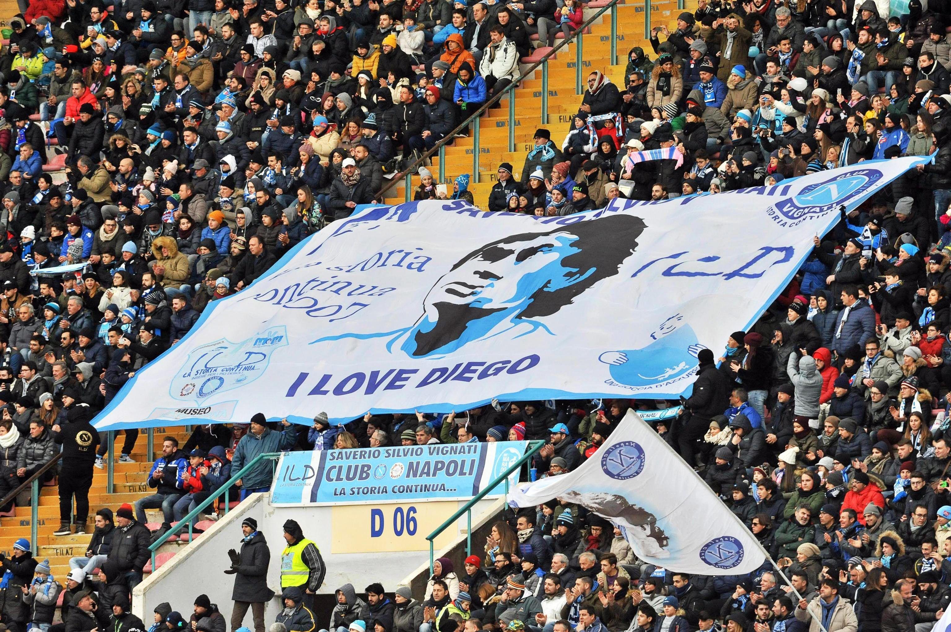 La hinchada del Nápoli y su amor a Maradona