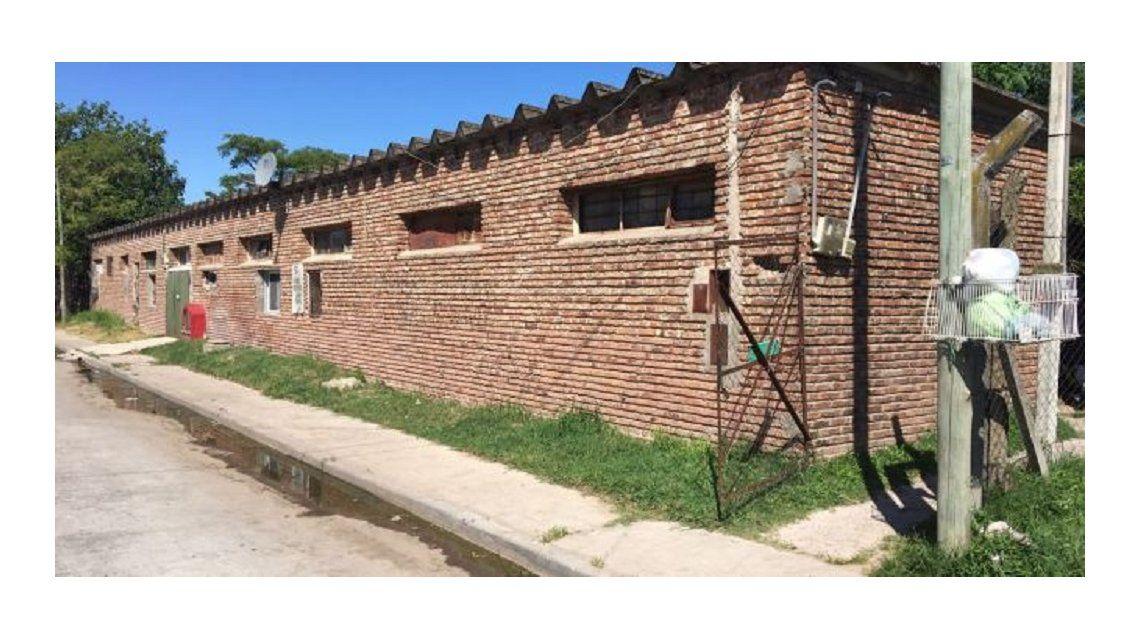 Encuentran un hombre con síndrome Down momificado en una casa de Quilmes