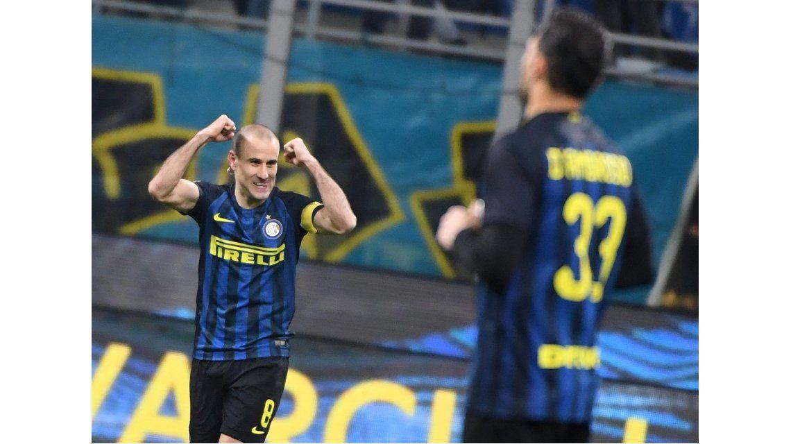 Rodrigo Palacio metió un gol en la victoria del Inter