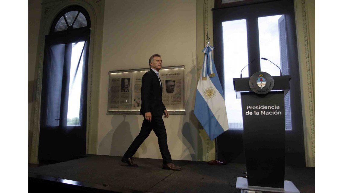 Macri da su primera conferencia de prensa
