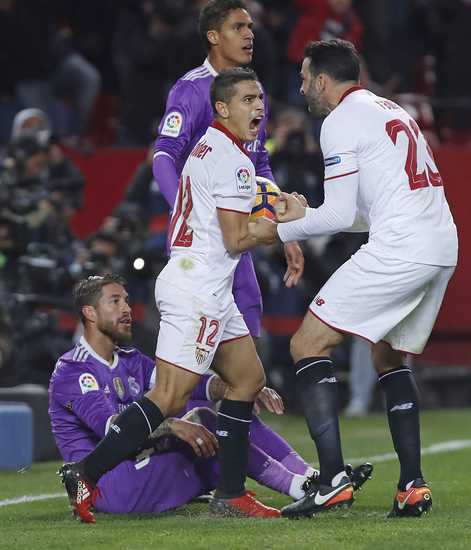 El Sevilla ganó y terminó con el invicto del Real Madrid