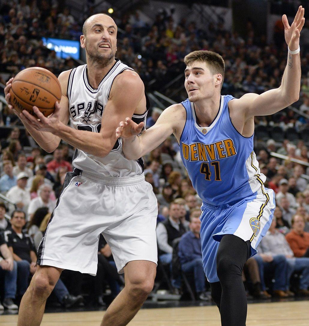 Ginóbili hizo 14 puntos para Spurs 118 - Nuggets 104