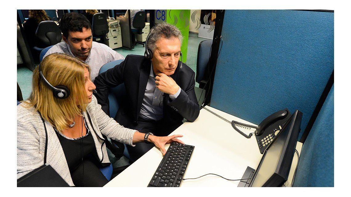 Macri visitó una sede de la Anses