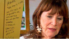 La mamá de María Cash no reconoce la letra de los mensajes que aparecieron en el Sur.