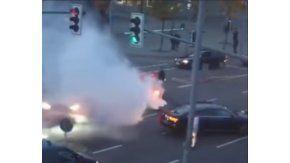 Un grupo de turcos cortó una calle en Alemania y empezó a los tiros