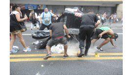 Los manteros de Once volvieron a cortar la avenida Pueyrredón