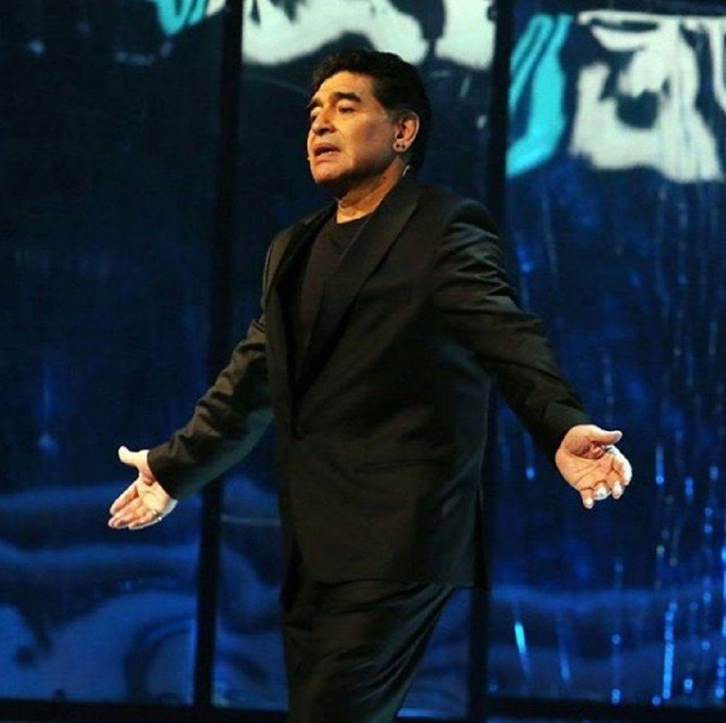 Maradona fue ovacionado en un homenaje al Nápoli
