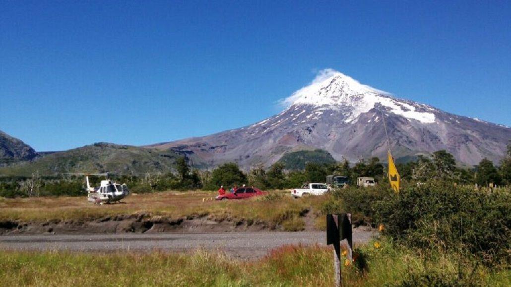 Tres andinistas fueron rescatados en el volcán Lanín