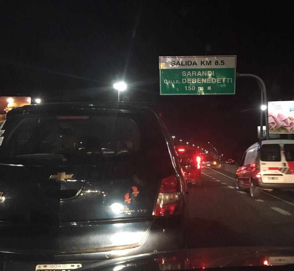Se reanuda el tránsito en la autopista Buenos Aires-La Plata