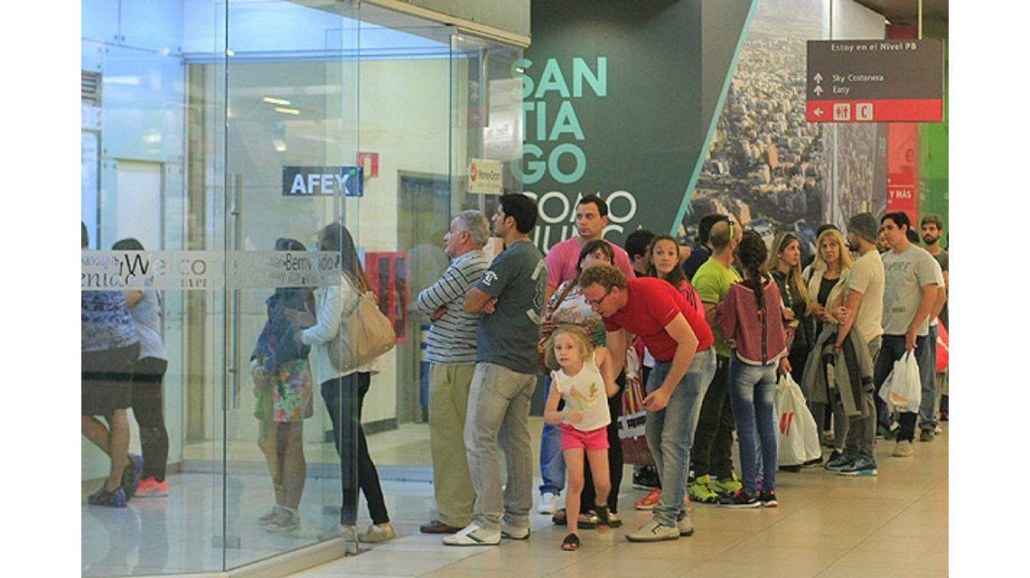 El 25% de los argentinos cruzó en 2016 Chile para ahorrar en compras