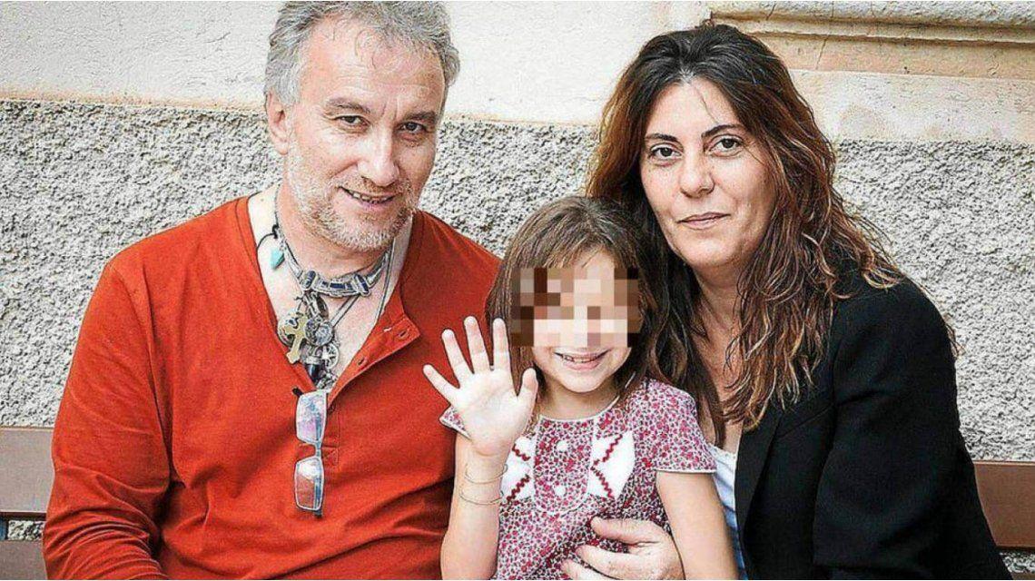 Padres de Nadia investigados por pornografía