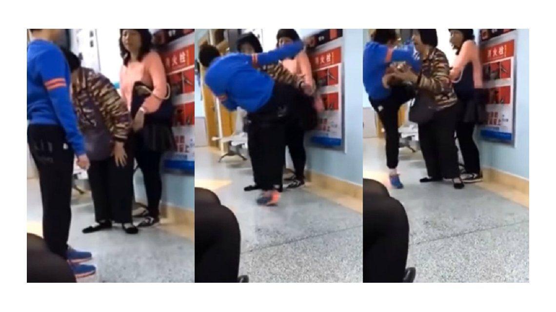 El ataque del niño a su mamá