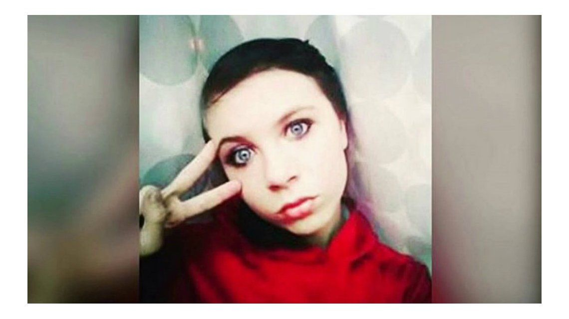 La chica se mató en Facebook