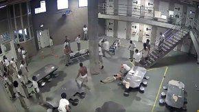 Cinco heridos en una pelea entre presos en Chicago