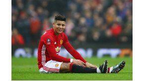 Marcos Rojo debió abandonar el partido por una lesión