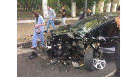 Así quedó el auto de Yamil Asad. (Foto: @PabloCarrozza)