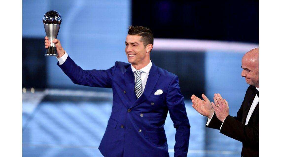 Cristiano Ronaldo se quedó con el premio The Best al mejor jugador de 2016