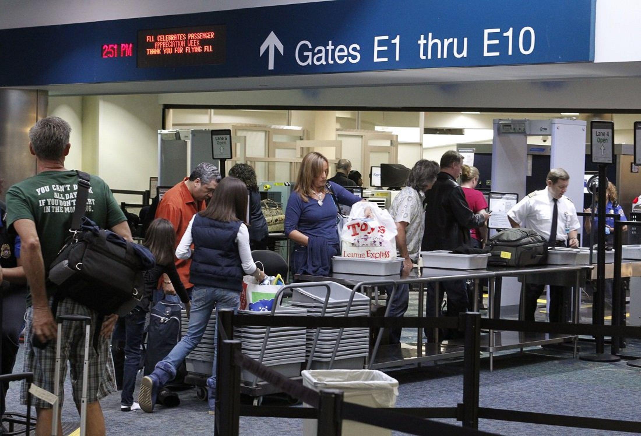 Tiroteo en el aeropuerto de Florida