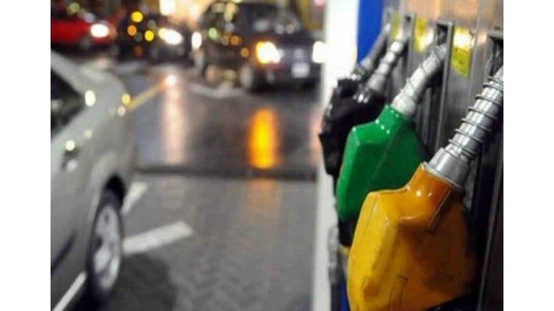 Faltan naftas en algunas estaciones de servicios