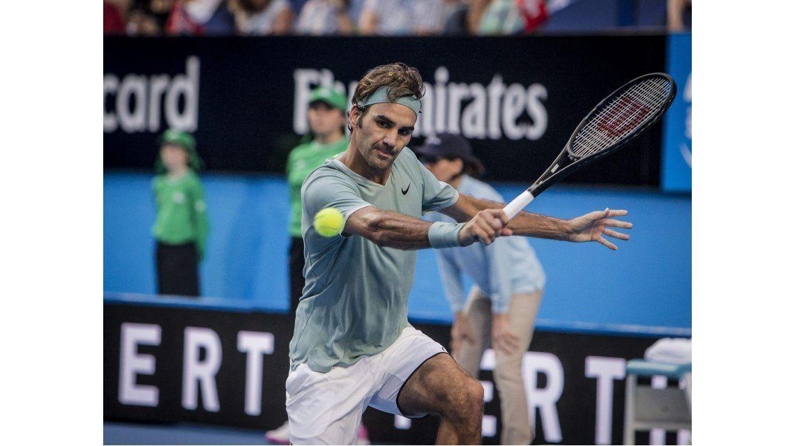 El suizo no pudo con una de las grandes promesas del tenis