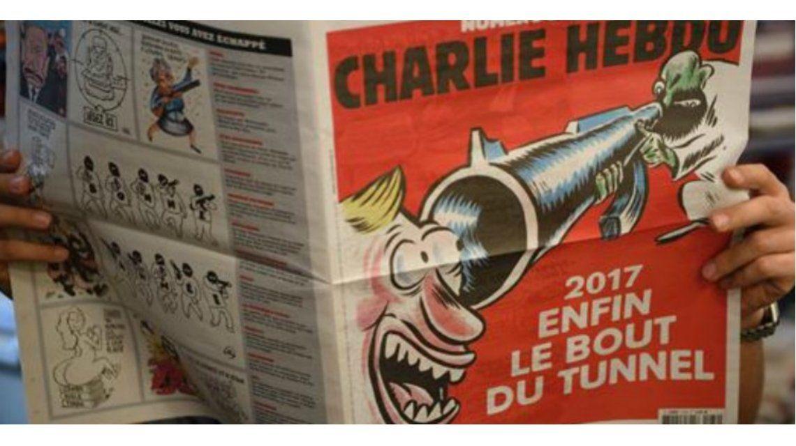 Charlie Hebdo, durísima con la izquierda a 2 años del ataque