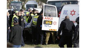El ataque en Jerusalén dejó al menos cuatro muertos
