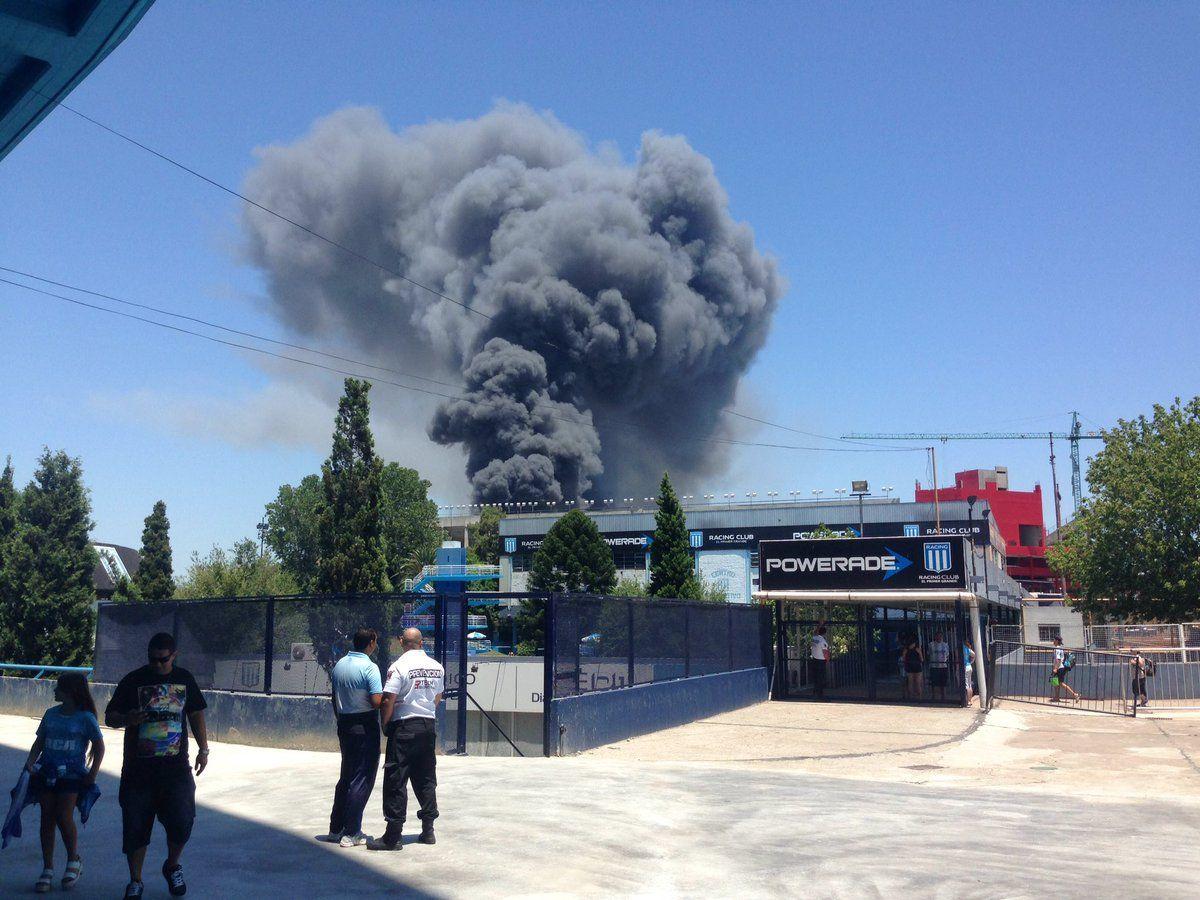 Controlaron el incendio en una fábrica de colchones en Avellaneda