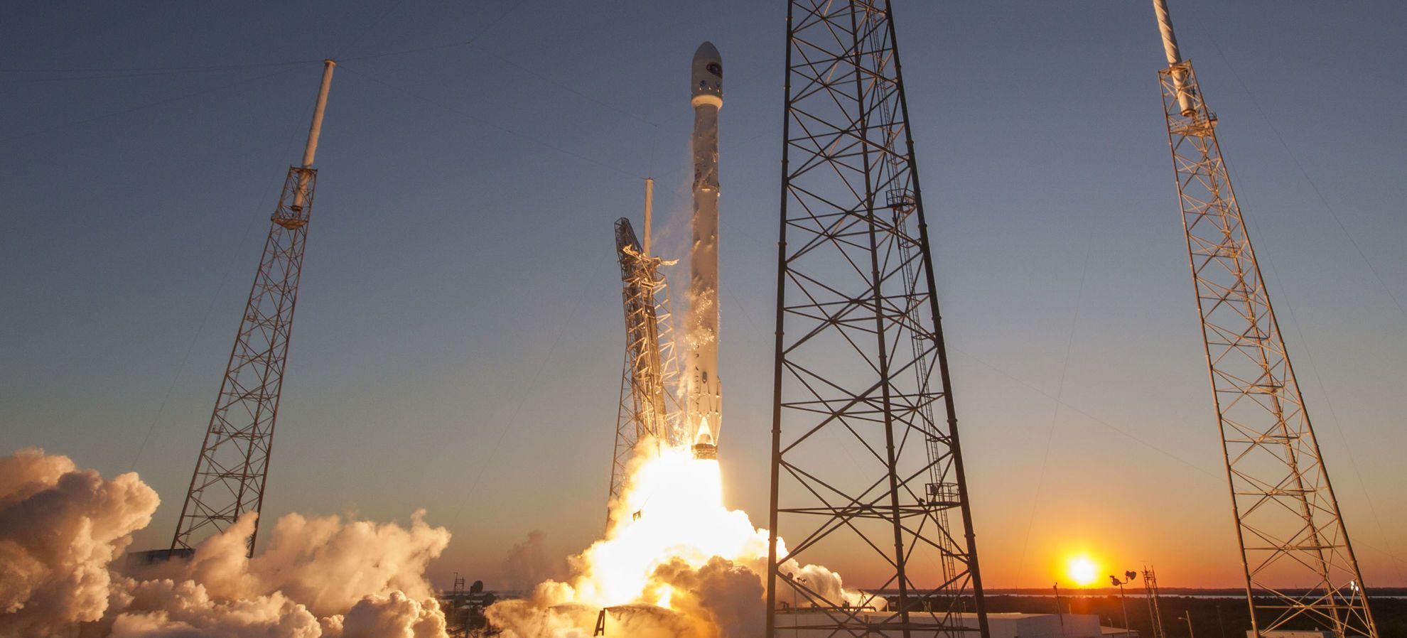 Vuelven a volar los cohetes de SpaceX